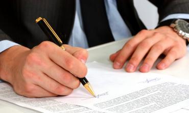 Avocat en droit des contrats Paris 17